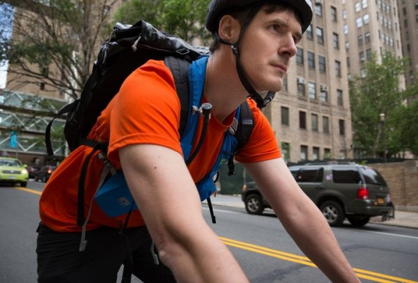 'Biking & Breathing': Columbia Researchers Employ Wearable Technology to Study NYC Air Pollution